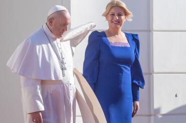 Pápež v SR: Prezidentka sa stretla s pápežom Františkom v Prezidentskom paláci