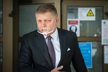 R. Fico vypovedal na policajnom prezídiu, následne kritizoval úniky informácií