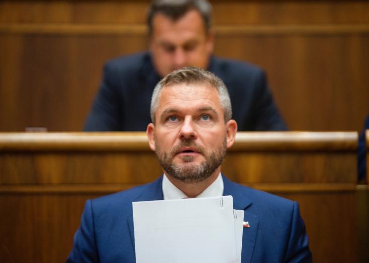 NRSR: Poslanci neotvorili schôdzu k odvolaniu premiéra, A. Danko ju chce ukončiť