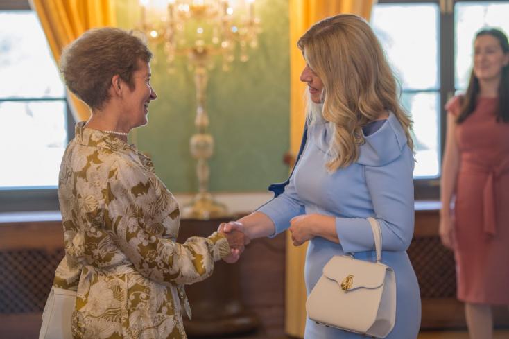 Z. Čaputová hostí v Prezidentskom paláci seniorov na slávnostnom obede