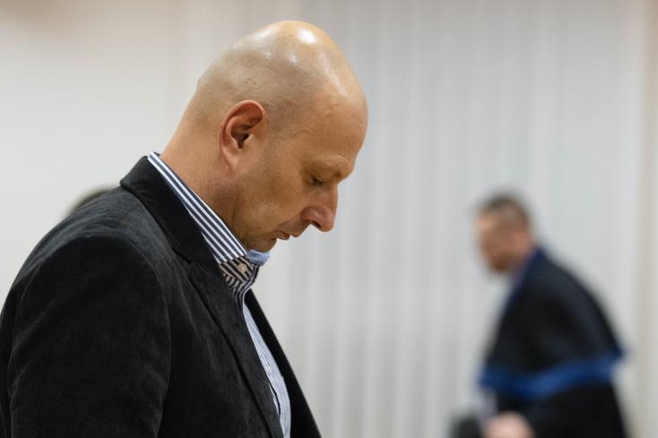 V bratislavskom bare sledovali novinárov aj politikov, priznal M. Kriak