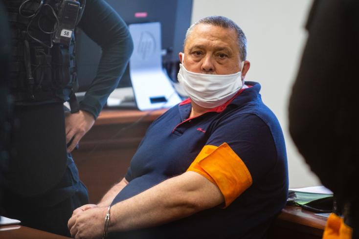 Senát ŠTS otvoril proces so starostom Dolného Chotára, obvinený je aj z vrážd