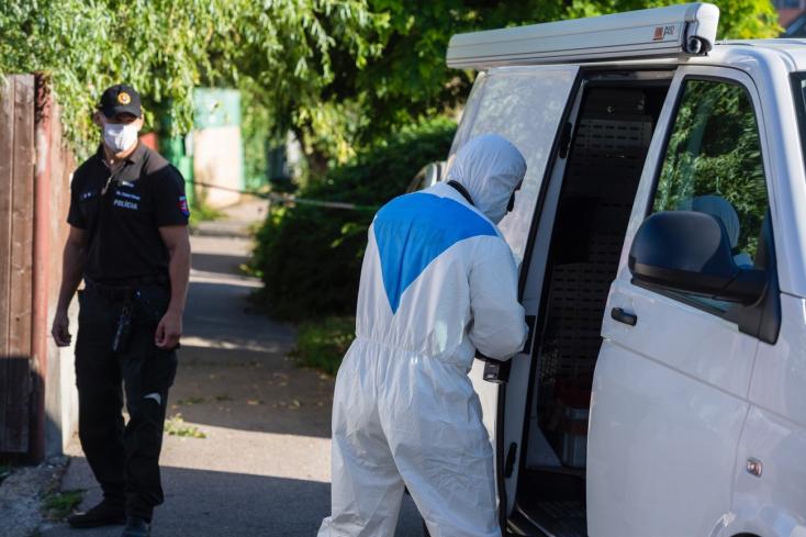 Po útoku na Nákovnej ulici sú celkovo štyria zranení vrátane tínedžera,podozrivého muža zadržali