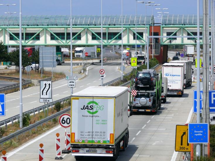 V. Lengvarský: Nové pravidlá na hraniciach by mali platiť od pondelka