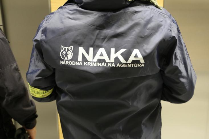 NAKA zasahuje v Košiciach pri akcii Nobel, zadržala pri nej podozrivú osobu