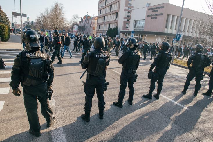 Políciapripravuje opatrenia na derby Spartak – Slovan bez divákov