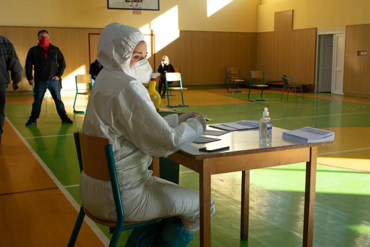 Na Slovensku pribudlo 11 prípadov nákazy koronavírusom,obete nepribudli