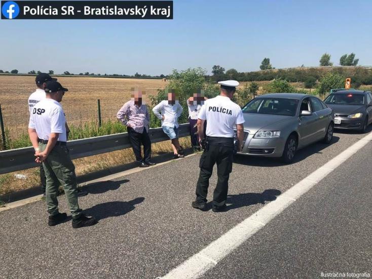 Ozbrojený muž okradol na diaľnici D2 švajčiarskeho vodiča