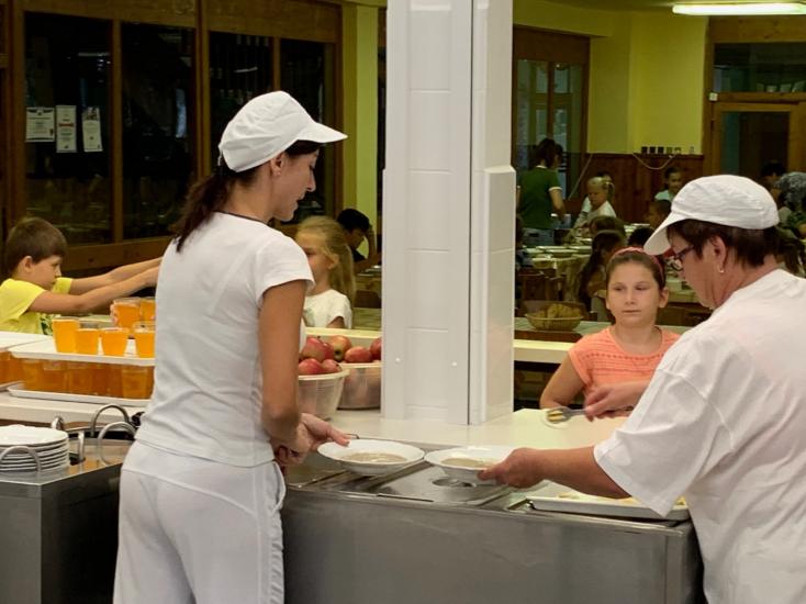 Komárno: Mesto investovalo do školských kuchýň takmer jeden milión eur