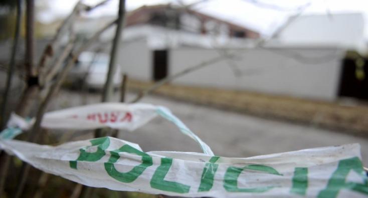 Po náraze štvorkolky do stromu zomrelo 13-ročné dievča, viezol ho opitý mladík