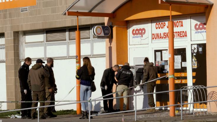 V Dunajskej Strede vybuchol v utorok nadránom bankomat (video)