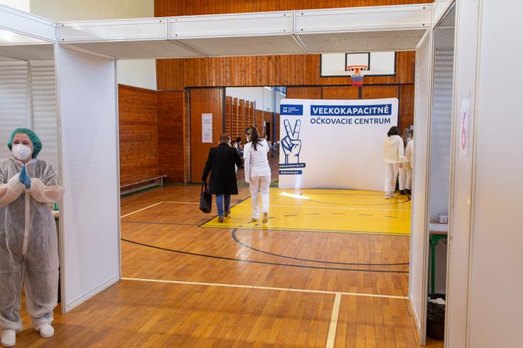 TTSK: Počas víkendu budú v centrách opäť očkovať aj nezaregistrovaných