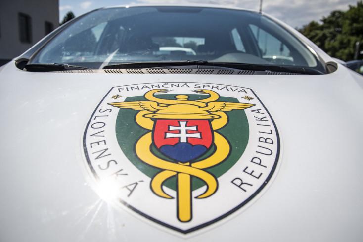 Polícia: Zadokumentovala krátenie daní so škodou 1,8 milióna eur