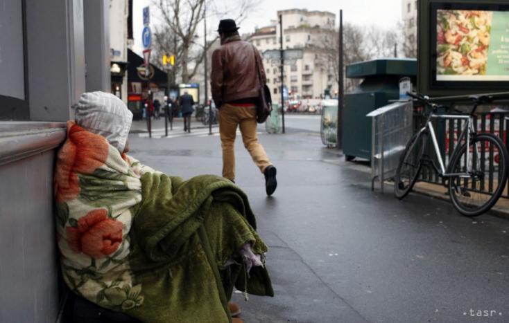 Bratislava: V meste je nové ohnisko, koronavírus sa šíri medzi ľuďmi bez domova