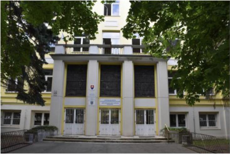 Dunajská Streda: Tri stredné školy majú nových riaditeľov