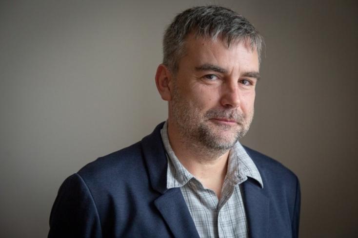 Richard Kollár: Prísnejší lockdown zaberá, menej prísny nie