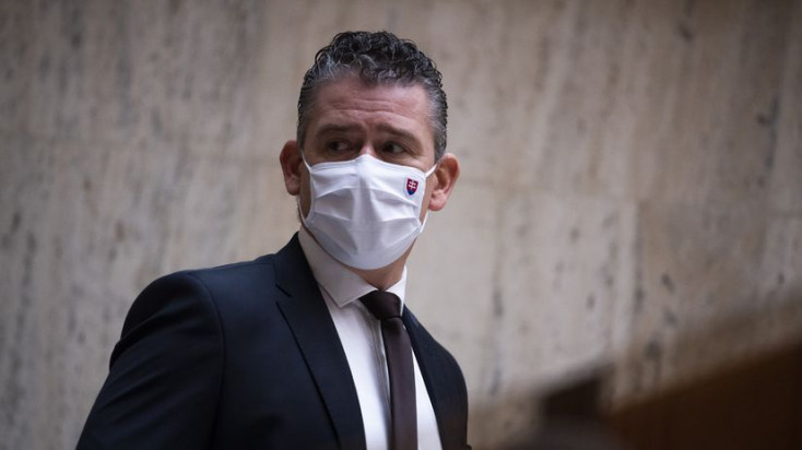 Mikulec podáva trestné oznámenie pre príspevok spájajúci ho so smrťou Lučanského