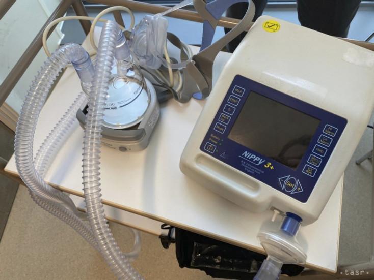 Nemecko darovalo Slovensku 31 pľúcnych ventilátorov