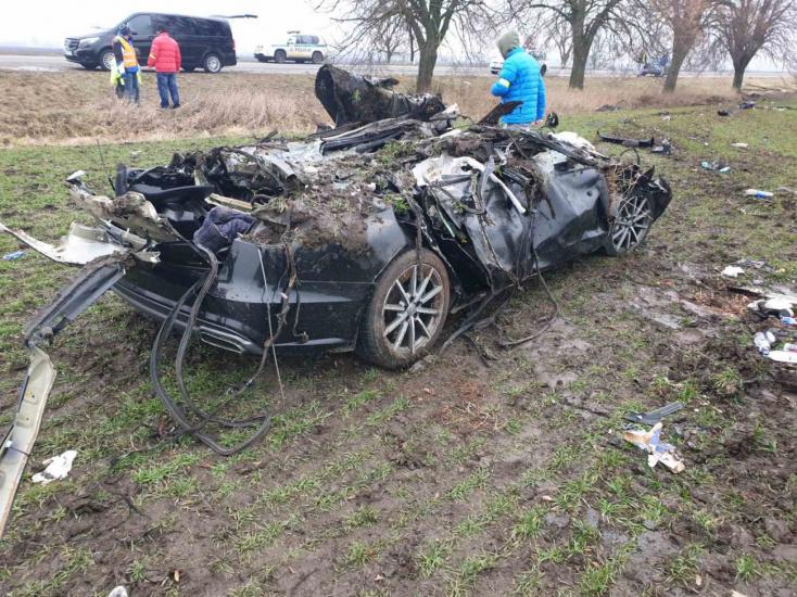 Nové Zámky: Pri dopravnej nehode zahynuli traja ľudia, dvaja sú zranení