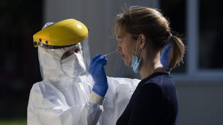 Na Slovensku pribudlo 114 prípadov nákazy novým koronavírusom a 4 obete