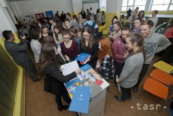 Vzdelávací program Erasmus pomáha študentom i učiteľom
