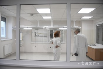 Nemocnice v Komárne a Leviciach čakajú miliónové investície
