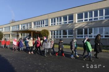 V Trenčianskom kraji prerušili pre chrípku vyučovanie v 43 školách