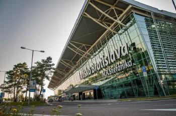 Bratislavské letisko dostalo od Protimonopolného úradu pokutu