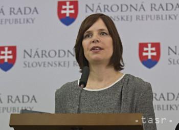 REMIŠOVÁ: SNS sa chce krízou zbaviť zodpovednosti za eurofondovú kauzu