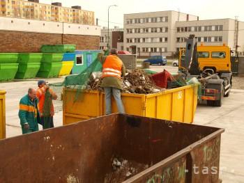Odvoz odpadu v Bratislave bude cez Veľkú noc prebiehať v inom režime