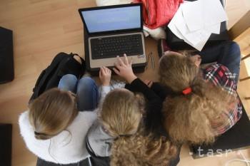 Deti na internete častejšie hľadali obsah týkajúci sa drog a alkoholu