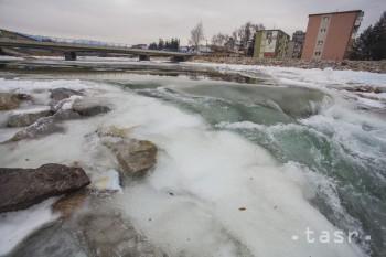 Hydrologická výstraha pre sever a východ Slovenska je stále aktuálna