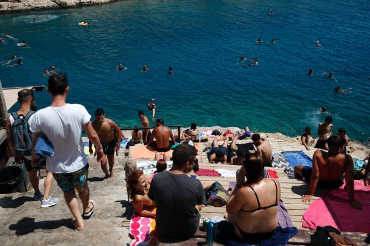 MZVEZ: Pri vstupe do Grécka je nutné počítať s náhodným testovaním