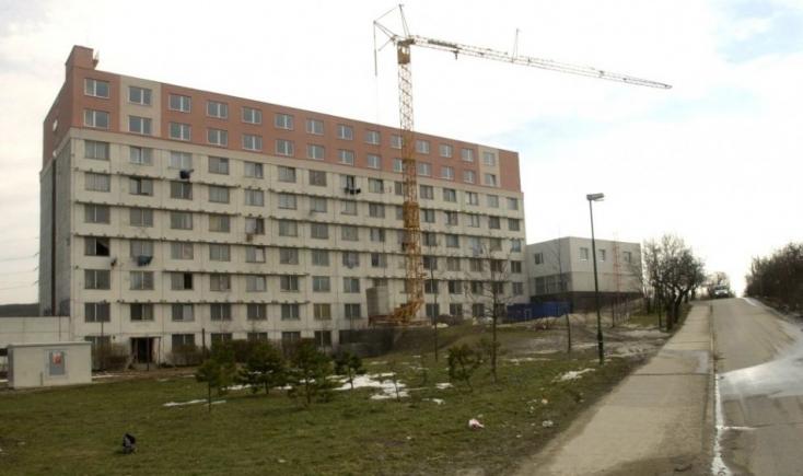 Voderady: Bývalý internát je uvoľnený, budú v ňom sociálne služby