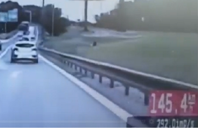 Polícia: Pokutovala vodiča, ktorý išiel na Moste Lafranconi rýchlosťou 144 km/h– VIDEO