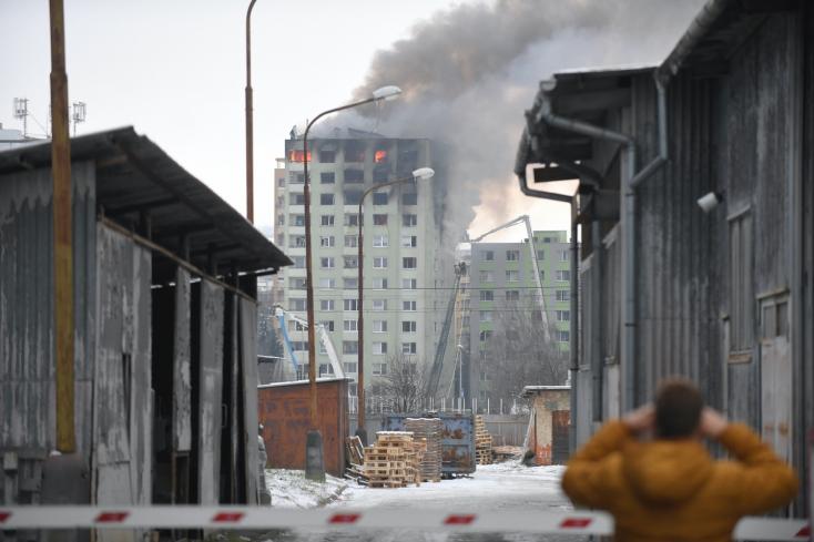 Výbuch bytovky si vyžiadal najmenej štyroch mŕtvych- AKTUALIZOVANÉ