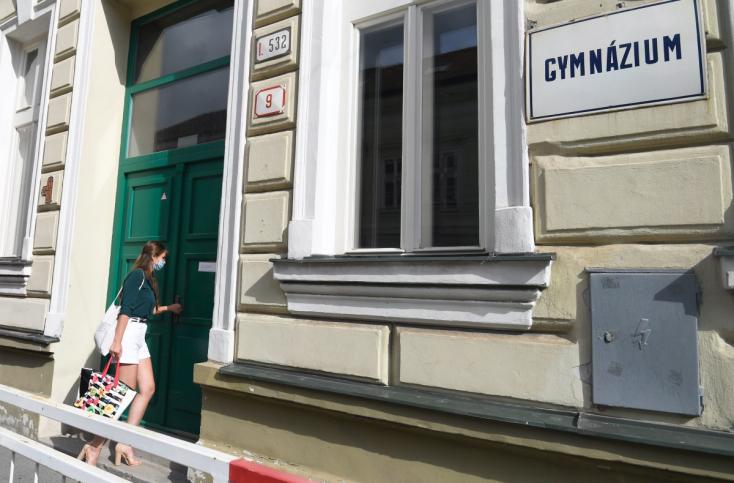 JozefViskupič tvrdí, že školy v kraji krízu zvládli