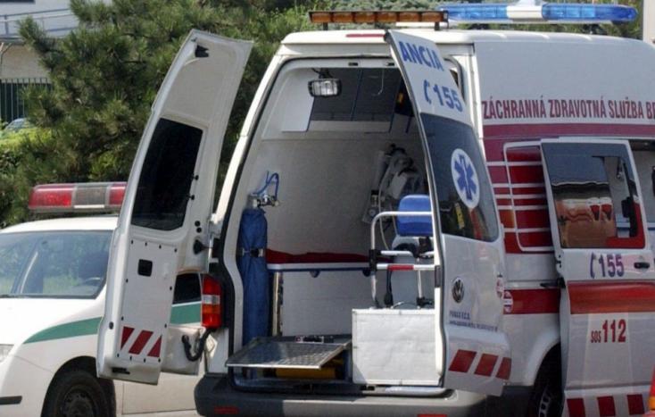 Záchranári pomáhali pre kolapsy z horúčav už desiatkam pacientov